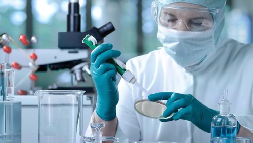 scientist-in-lab-thinkstock 500x282